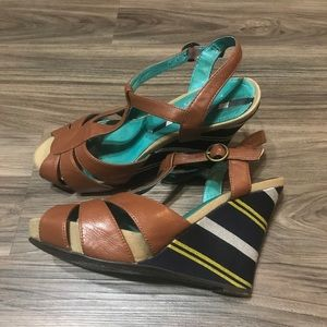 Pink Studio T strap wedges leather size 6.5